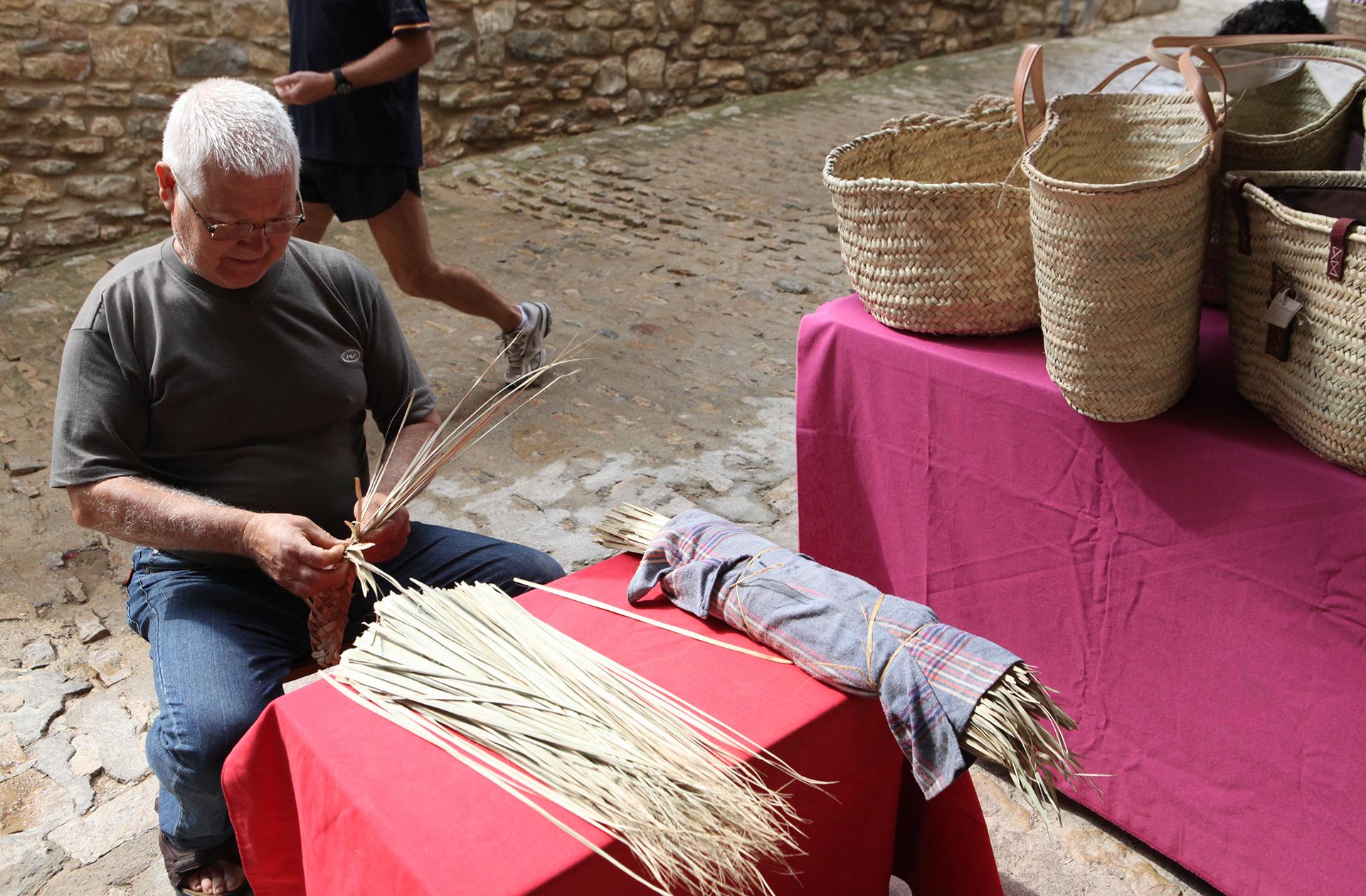 Oficios centenarios Mostra dels Productes de la Terra d'Ares
