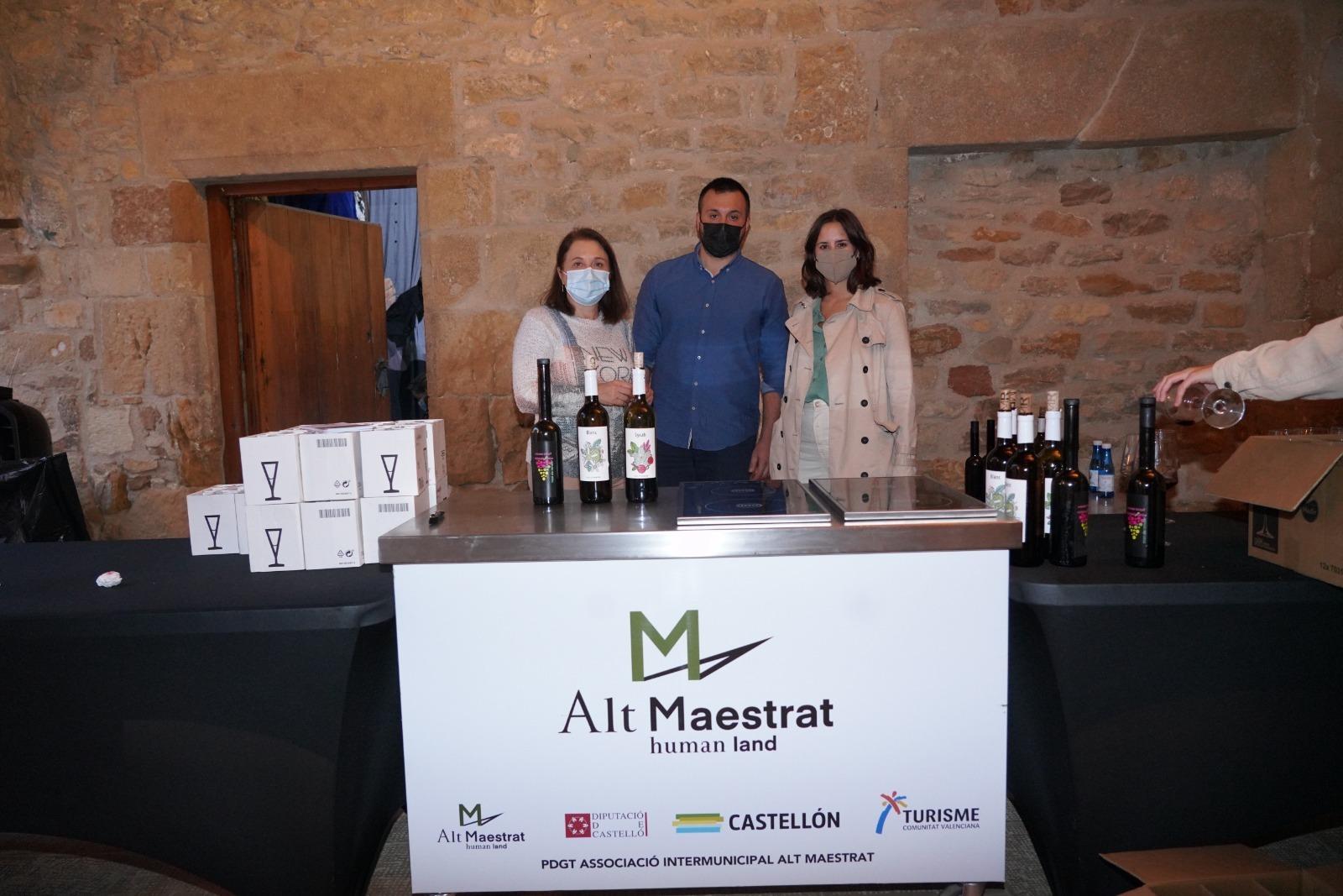 Benassal degusta tapas y vinos para inaugurar el Mes de l'Avellana